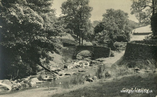 The packhorse bridge. c.1910