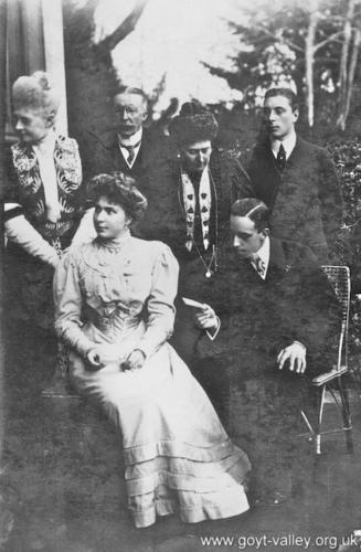 Mary & Genevieve Grimshawe with the King & Queen of Spain. c.1910.