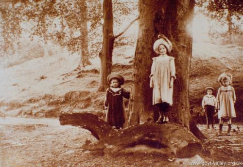 Goyt Valley children. c.1900.